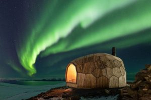 Ovoid cabin offers day hikers shelter in Norway