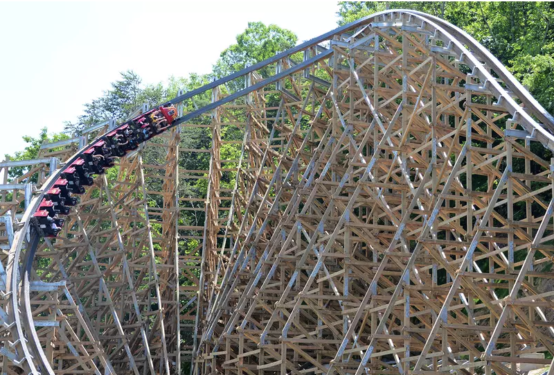 Top 10 Fastest Wooden Roller Coasters