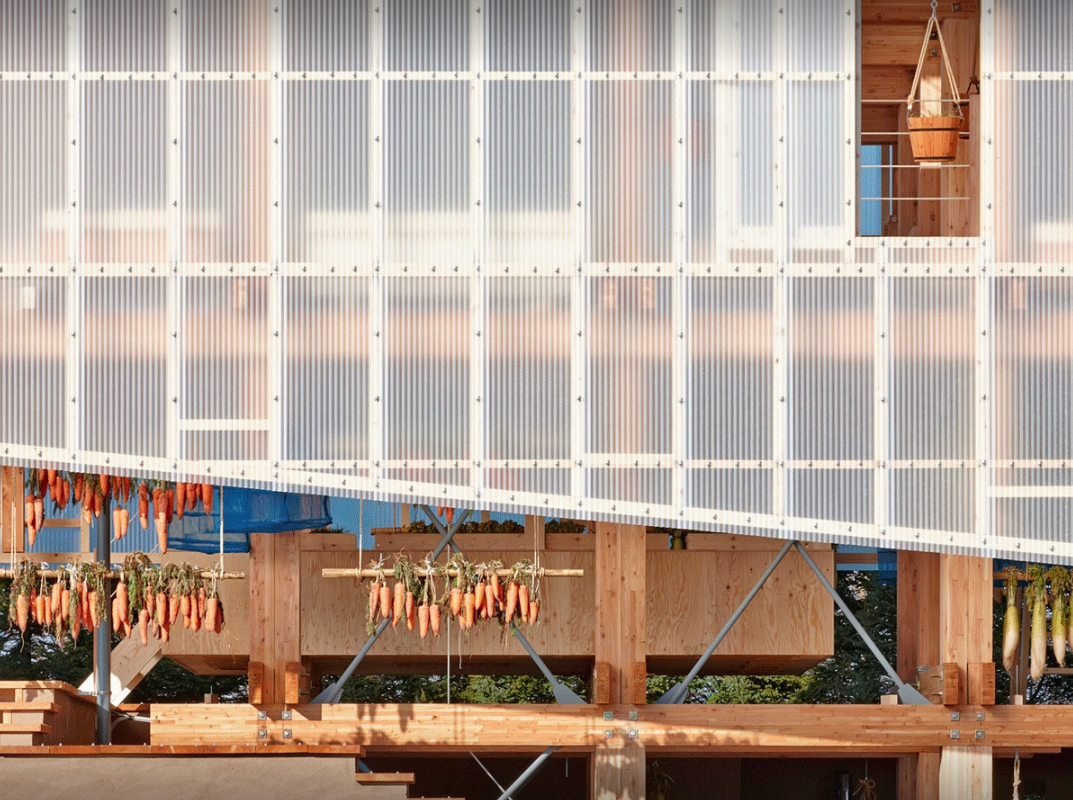 Let Light in: 17 Projects Using Polycarbonate