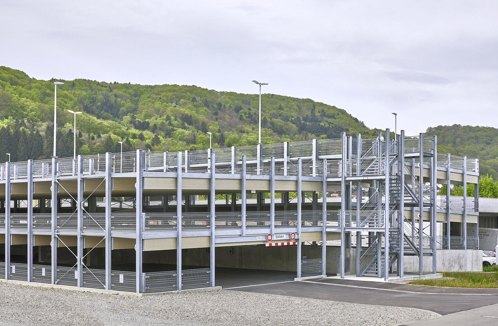 Parking Garage Extends Borders