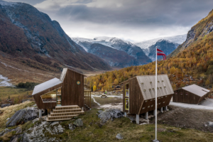 Snøhetta Builds Pentagonal Hiking Cabins to Overlook a Glacier In Norway