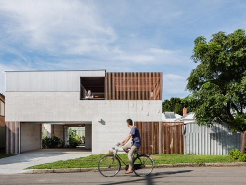 Vikki's Place by Curious Practice is a family home for three generations