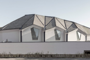 Nicolas Pople Architects creates vaulted CLT church in Stroud